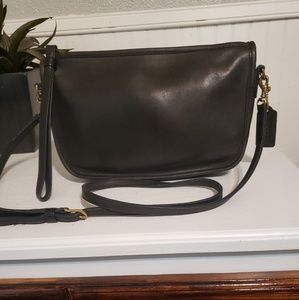 Vintage Coach crossbody/clutch used good condition